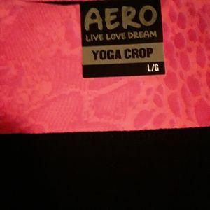 Aeropostale yoga crop leggings, NWT.